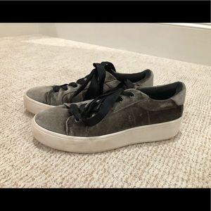 Steve Madden Velvet Sneakers SIZE 8